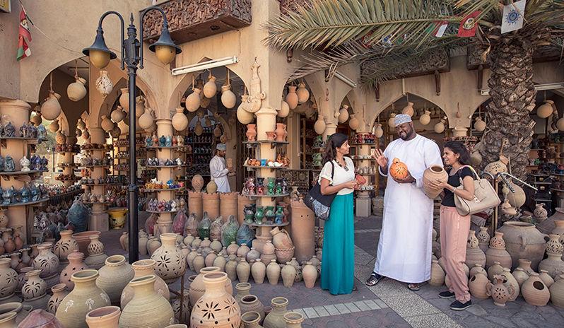 souk shopping in Oman