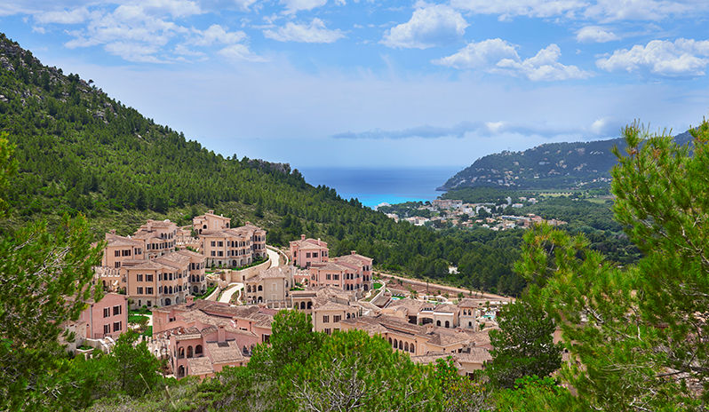 The hill-town style and setting of Park Hyatt Majorca