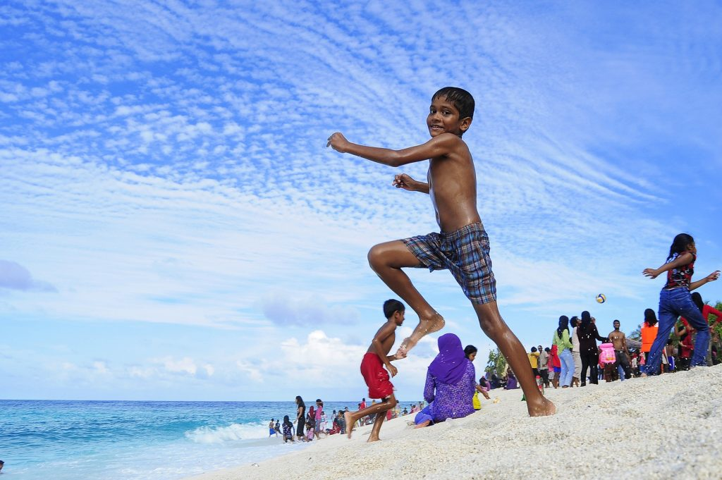 Visit the local areas of the Maldives
